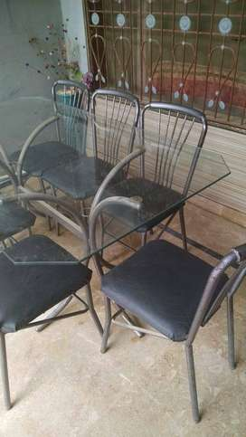 I'm Selling My Dining Table Set With 8 Seater