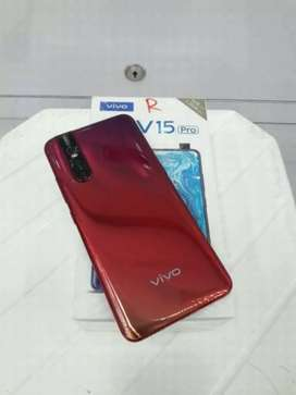 Good condition v15 pro 128gb and 8gb book now limited offer