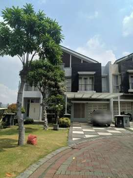 RUMAH IDAMAN,PAKUWON INDAH ONE GOLF TERRACE