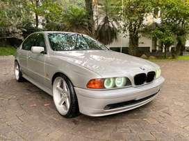 Bmw e39 530i 2001 m54 b30 silver on grey mintcond
