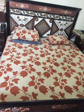 Double Bed Iron used