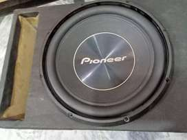 Poineer Orginal woofer 100%  4 month use Only