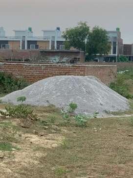 Gomti nagar me sabse sasta plot very prime fully developed area