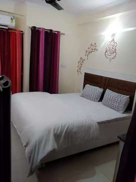 No brokerage fully furnished PGs for all in Crossing Republic GZB.