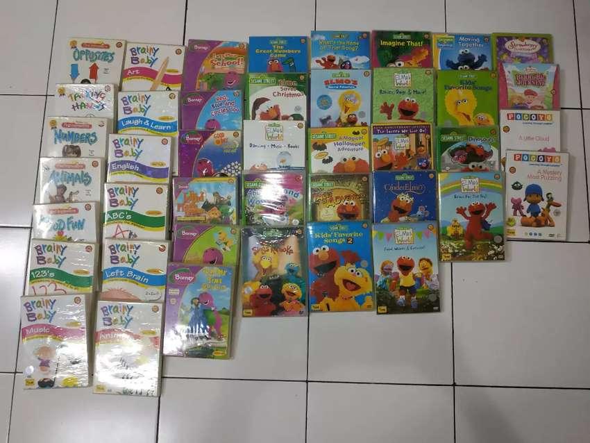 DVD edukasi collection sesame street, barney, brainy baby. In English
