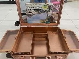 Beauty case masami shouko preloved cabin size