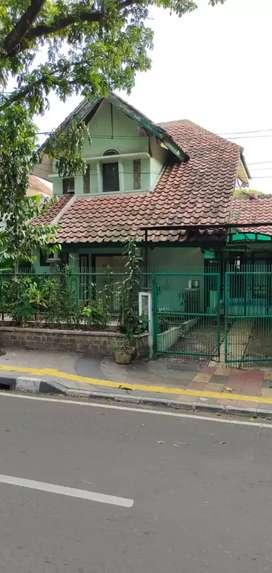 Tanah dan Bangunan Rumah 2 Lt Anggrek Loka Bsd Pinggir Jalan