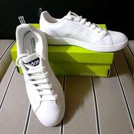 Sepatu Casual Adidas Neo Putih