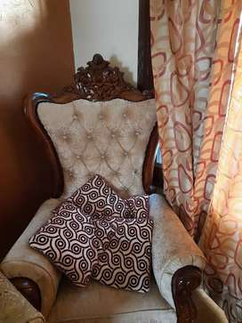 2 king size chair