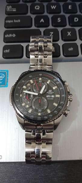Jam tangan mulus
