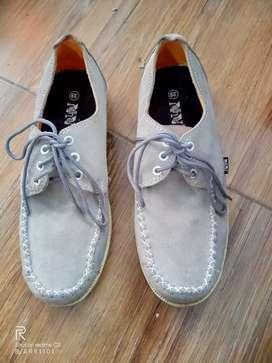 Sepatu Pria Merk NNdhe size 39