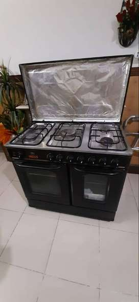 Cooking Range with 5 burners