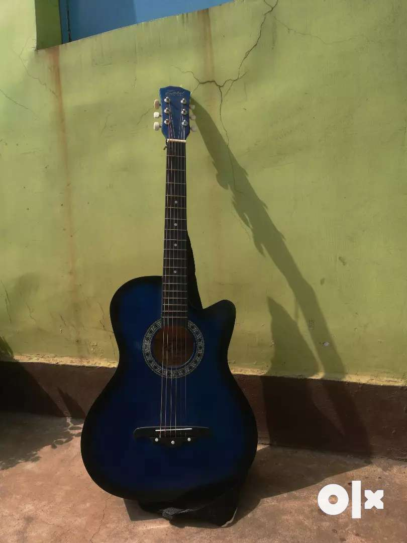 Guitar in good condition 0
