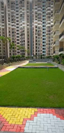 READY TO MOVE 1152 SQFT-2+STUDY SITE C-GREATER NOIDA