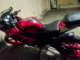 Yamaha R15 Warna Merah