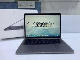 """JustMac-Apple MacBook Pro TouchBar 13"""" 256 GB SSD/8 GB RAM/Core i5 4C"""