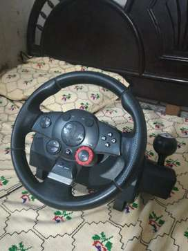 Logitech Driving Force GT (Imported Steering wheel 10/10 Condition)