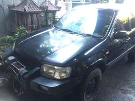FORD ESCAPE V6 4X4 (Limited)