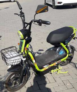 E-Bike Imported Electric Scooty 2019