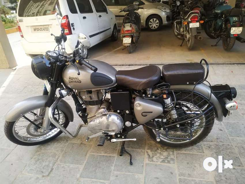 Royal Enfield Classic 350cc best Condition 1st with 3 year Insurance 0