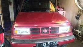 Jual Escudo merah kondisi bagus, atas nama pribadi.
