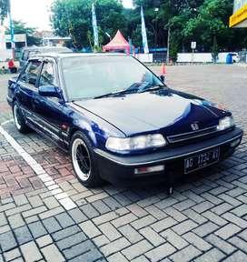 Honda Grand civic 90