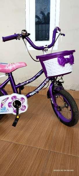 Dijual santai sepeda anak UK 16