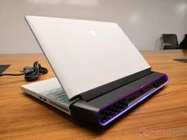 Dell Alienware Area 51m Monster Gaming Laptop