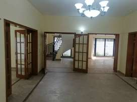 Full House for rent with 4bed 5bath  very good lucation g6.