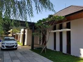 Rumah lux di Cipaganti, lokasi elit di Bandung Kota