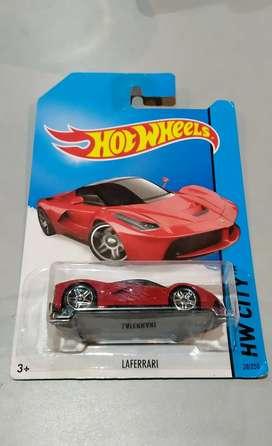 Hot Wheels La Ferrari