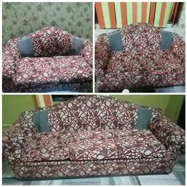 This is made up of cotton and fiber 1 three seater and 2 two seater