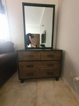 9/10 condition Solid Morris Dresser and mirror