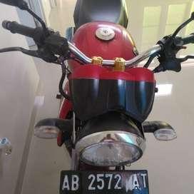 Jual murah YamahaVixion 2009 merah