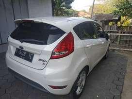 Jual Cepat Ford Fiesta S AT 2012 Putih Nopol H asli Ungaran Mulus Bgt