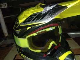 Helm GM Cross track