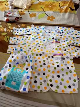 Dijual baju bayi dan balita
