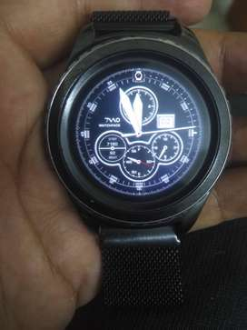 Samsung gear s2 clsssic in excellent conditiong with great batterylife