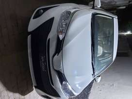 Toyota yaris 1.3 Ativ Manual Transmission only 1500km Driven