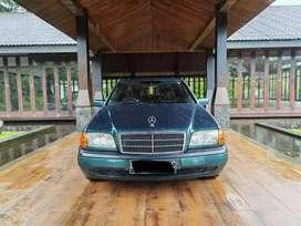 Mercedes Benz C180 W202 Low KM Mulus Terawat Hijau
