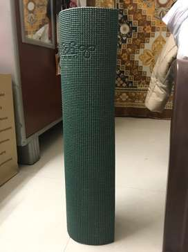 Yoga mat - not used