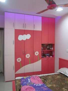 Kids wardrob