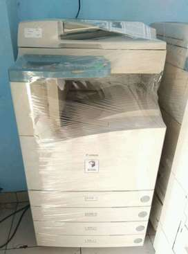 Image Runner Digital Copier 3300 medium