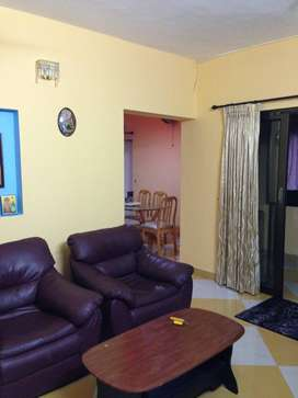 3 bedroom flat for sale. Ground floor fully furnished & car parking