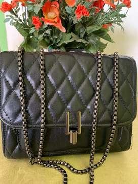 Tas samping wanita