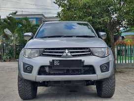 [KM 66rb!] Triton Double Cabin 2.5 Exceed Matic 4x4 Diesel 2014