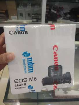 Canon EOS M6 Mark II Mirrorless Digital Camera with 15-45mm Lens