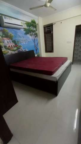 Independent 2bhk furnished flat on rent at amrit nagar...