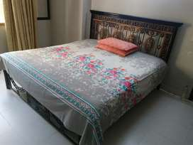 King size Rod Iron heavy guage double bed for sale