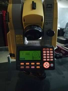 Electronic Total Station Topcon Model ES105C USB Port 10000 Memory